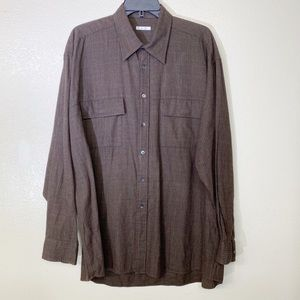 Women's oversized Halogen button down  shirt.